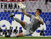 Portuguese goalkeeper Ricardo saves a penalty kick 1er juillet 2006